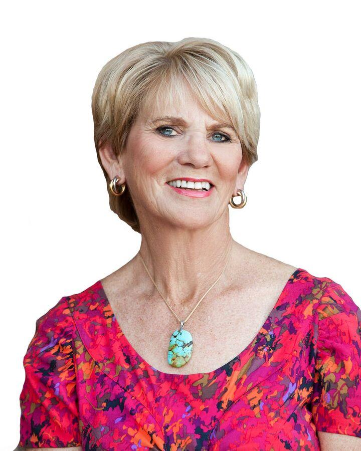 Christine Stamnes, Realtor in La Quinta, HK Lane Palm Desert