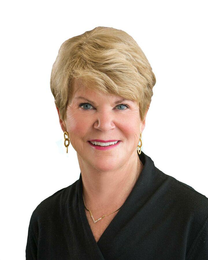Gail Gallaudet, Realtor in La Quinta, HK Lane Palm Desert