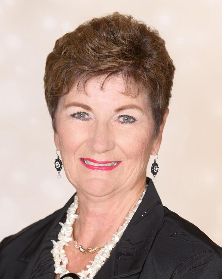 Carolyn H. Young, Broker Associate in Walnut Creek, Sereno Group