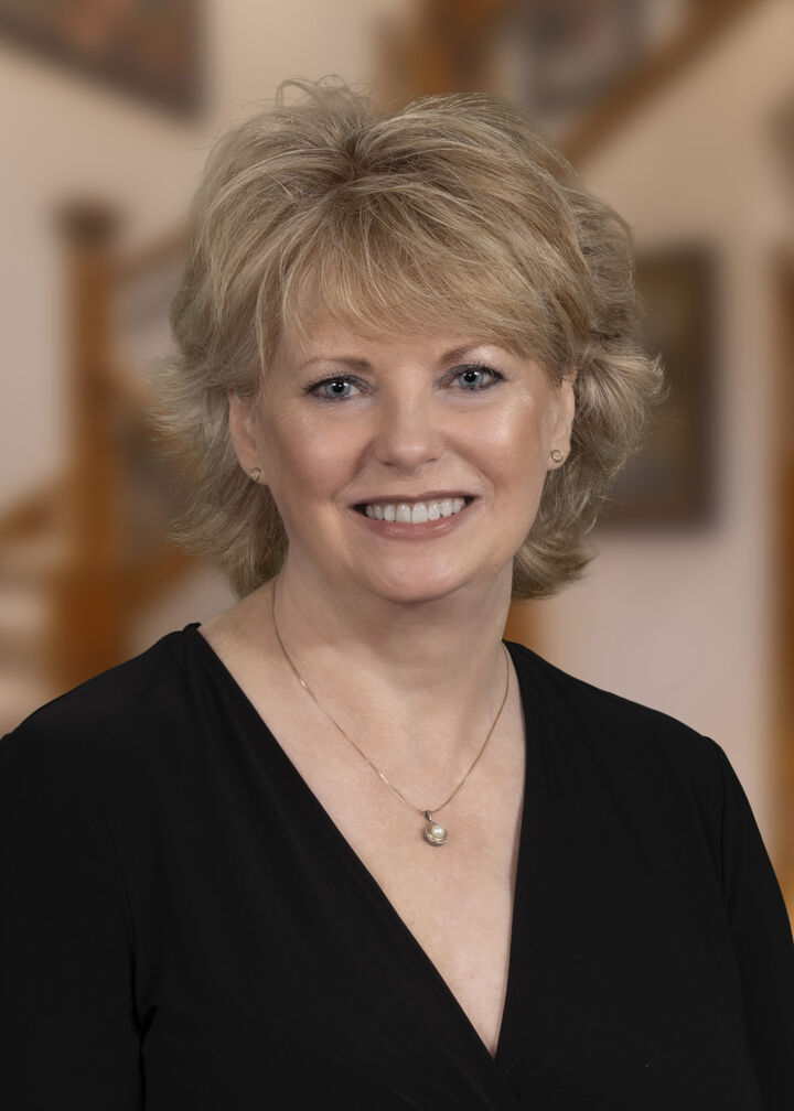 Jan Laughlin, Realtor Broker in Bend, Windermere