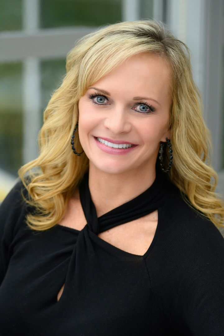 Kelly K. Burns, Associate Broker in Fishers, BHHS Indiana Realty
