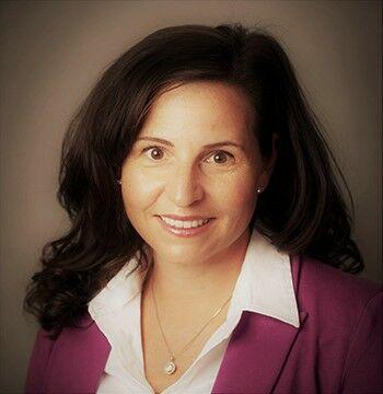 Lindsey Crawford, Property Manager in Edmonds, Windermere