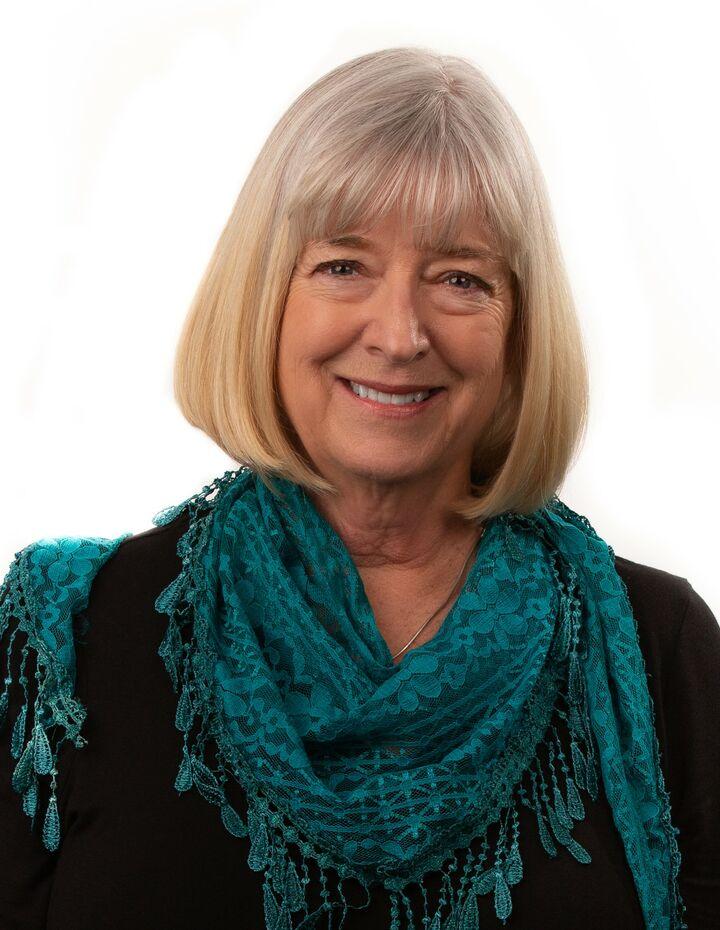 Karen Larsen, BROKER in Ashland, Windermere