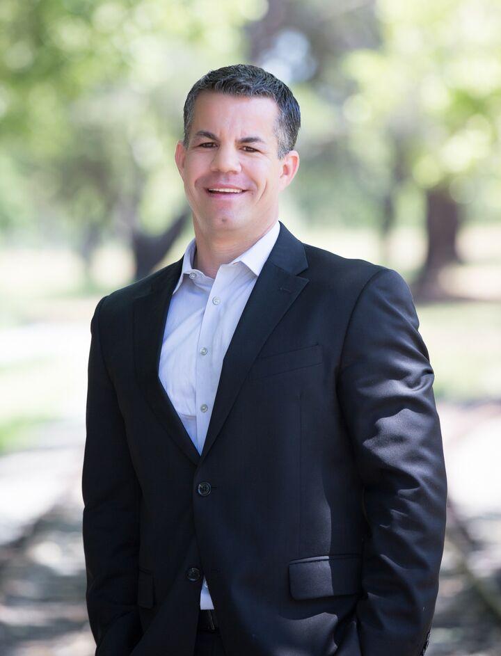 Todd Fernandes,  in Los Gatos, Intero Real Estate